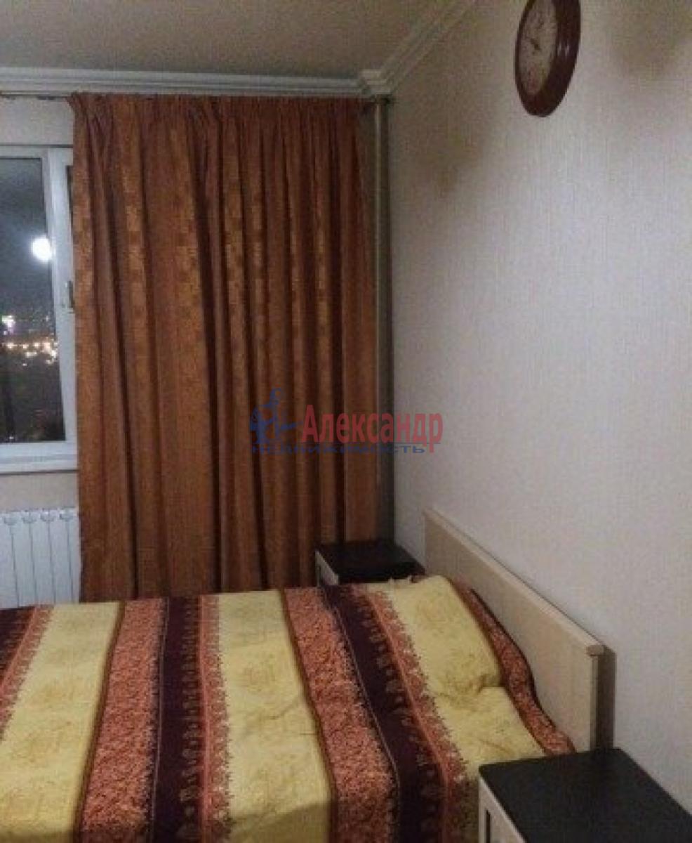 Комната в 2-комнатной квартире (43м2) в аренду по адресу Пулковская ул., 3— фото 3 из 4