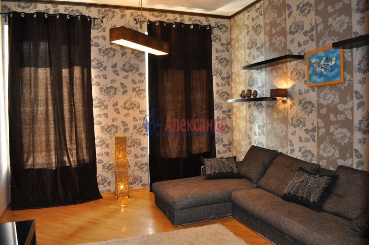 1-комнатная квартира (48м2) в аренду по адресу Мытнинская ул., 2— фото 3 из 7