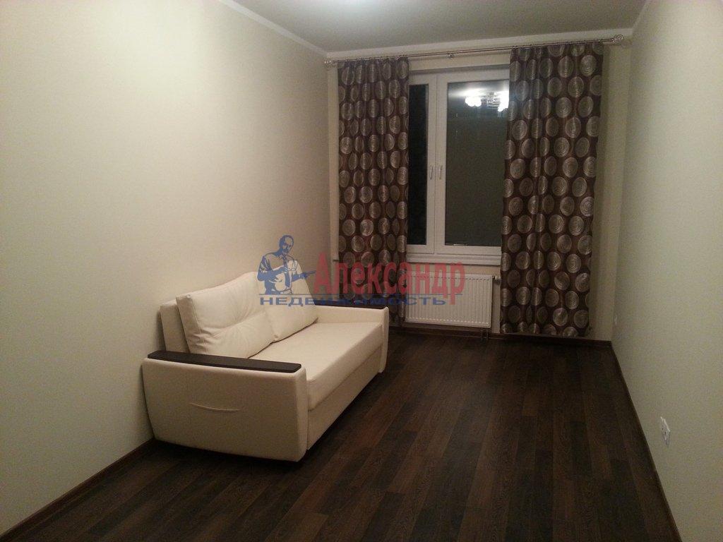 1-комнатная квартира (40м2) в аренду по адресу Кораблестроителей ул., 30— фото 2 из 10