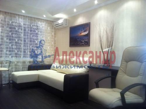 1-комнатная квартира (42м2) в аренду по адресу Энгельса пр., 97— фото 1 из 7