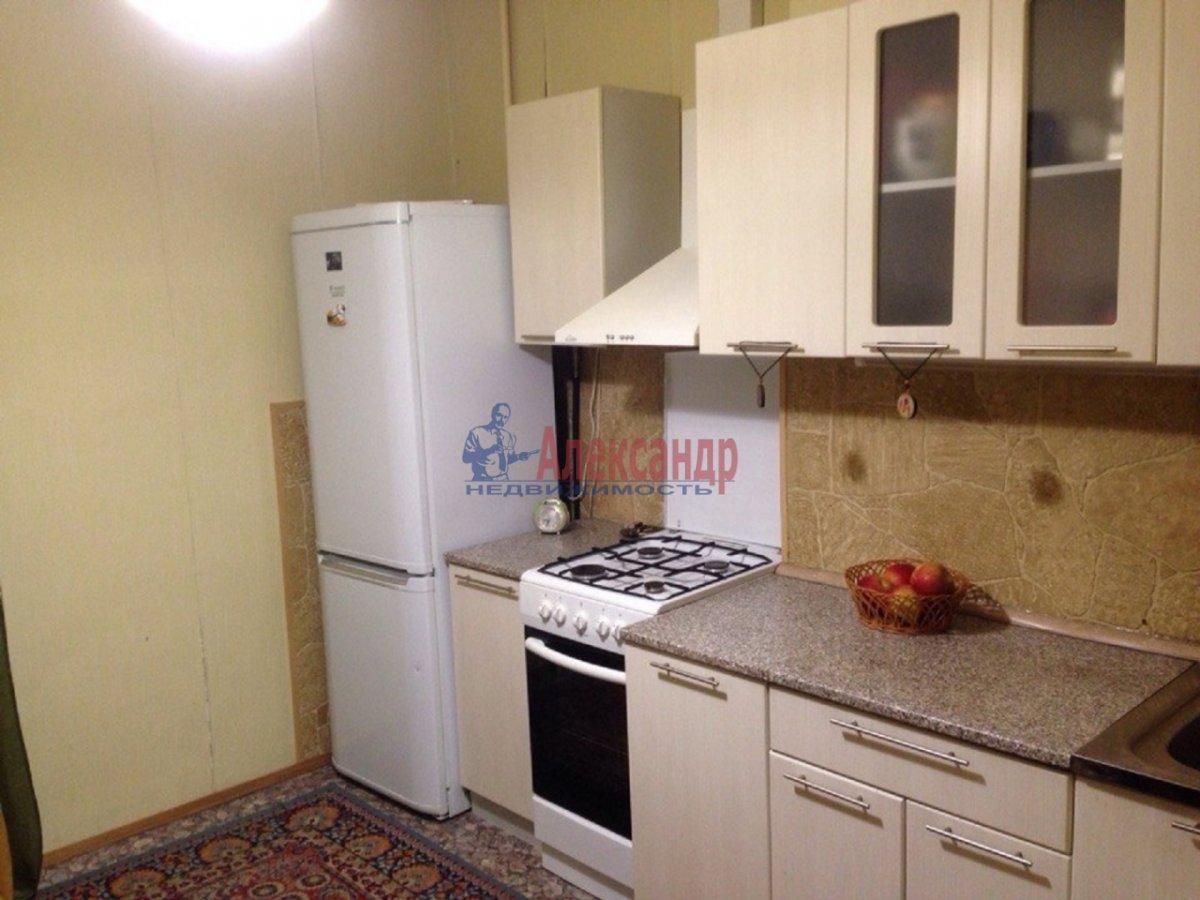2-комнатная квартира (59м2) в аренду по адресу Опочинина ул., 27— фото 2 из 4