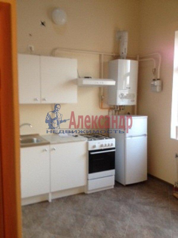 3-комнатная квартира (72м2) в аренду по адресу Сестрорецк г., Всеволода Боброва ул., 31— фото 2 из 6