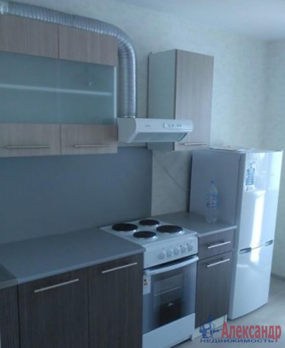 2-комнатная квартира (65м2) в аренду по адресу Кременчугская ул., 17— фото 1 из 5