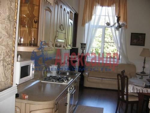 2-комнатная квартира (78м2) в аренду по адресу Фурштатская ул., 62— фото 4 из 7