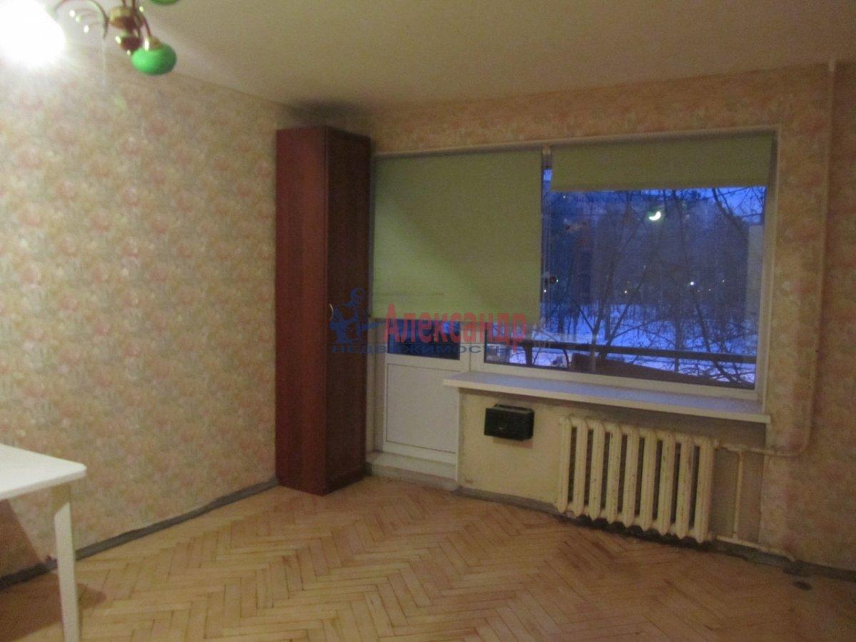 1-комнатная квартира (35м2) в аренду по адресу Лабутина ул., 15— фото 1 из 1