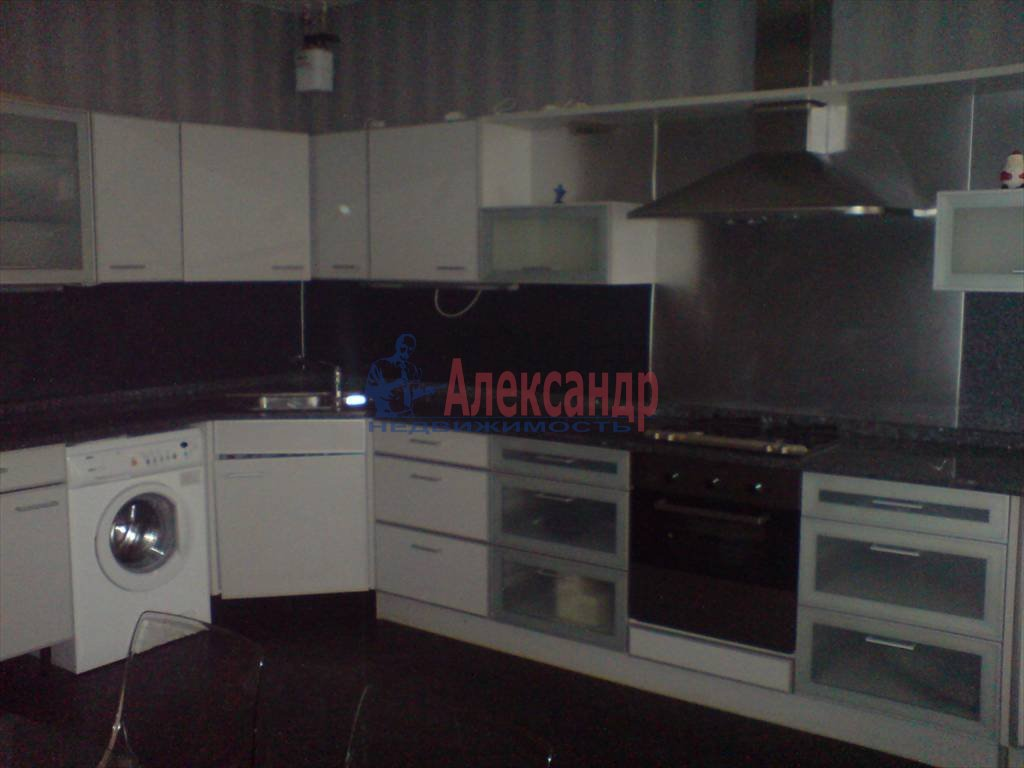 4-комнатная квартира (126м2) в аренду по адресу Лиговский пр., 58— фото 4 из 9
