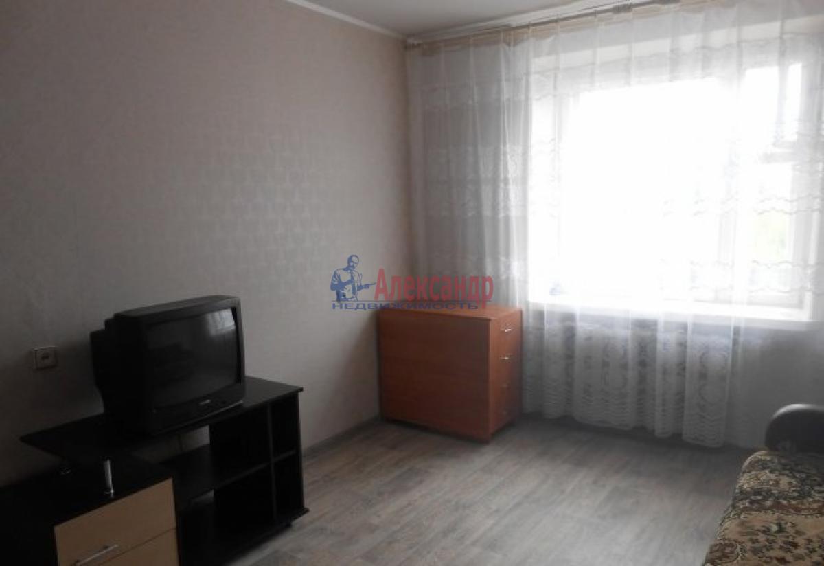 Комната в 3-комнатной квартире (60м2) в аренду по адресу Херсонская ул., 10— фото 1 из 5