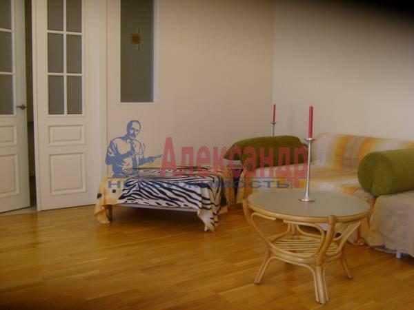 4-комнатная квартира (100м2) в аренду по адресу Большая Конюшенная ул., 15— фото 4 из 9
