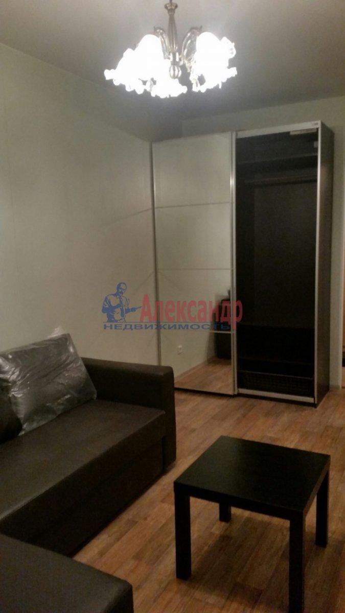 Комната в 2-комнатной квартире (51м2) в аренду по адресу Славы пр., 34— фото 2 из 4