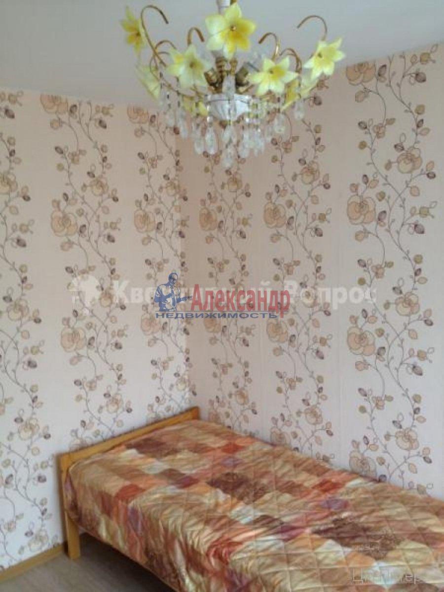 2-комнатная квартира (56м2) в аренду по адресу Лени Голикова ул., 31— фото 5 из 9
