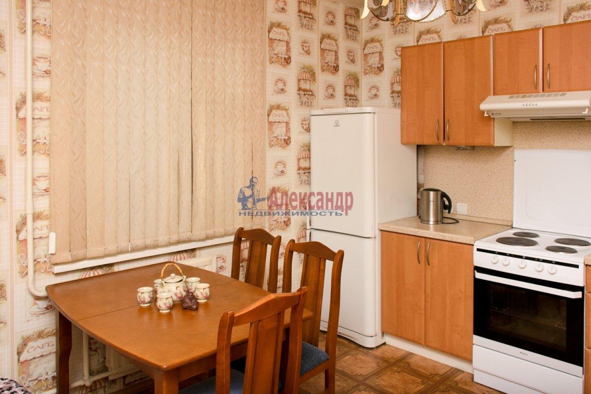 2-комнатная квартира (57м2) в аренду по адресу Ленинский пр., 92— фото 3 из 5