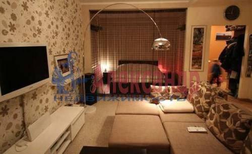 1-комнатная квартира (47м2) в аренду по адресу Корпусная ул., 9— фото 2 из 7