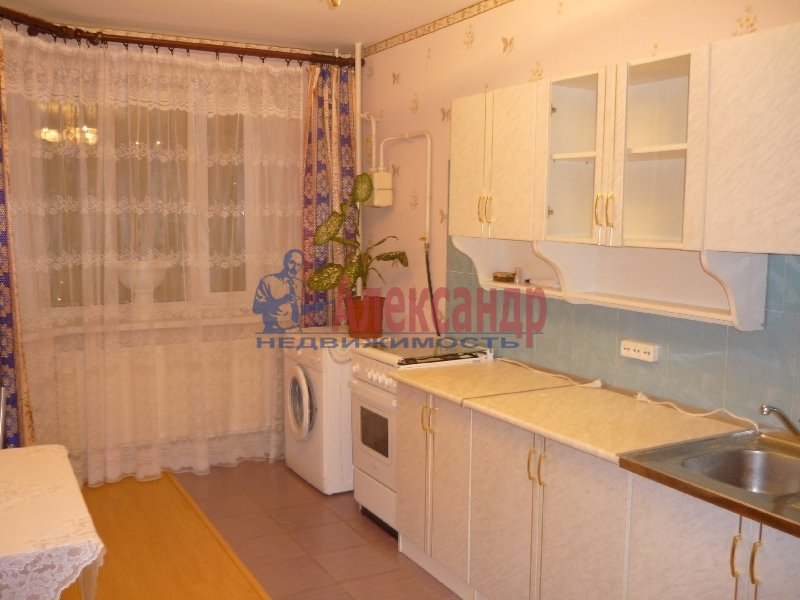 1-комнатная квартира (35м2) в аренду по адресу 3 Рабфаковский пер., 12— фото 2 из 3