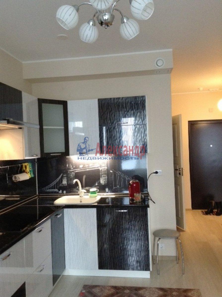 1-комнатная квартира (40м2) в аренду по адресу Мурино пос., Привокзальная пл., 3— фото 1 из 13