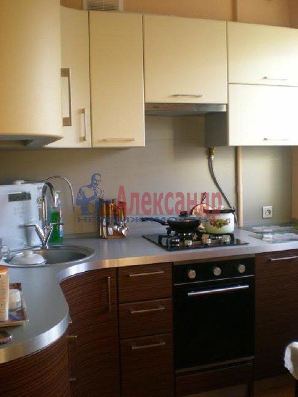 1-комнатная квартира (41м2) в аренду по адресу Бухарестская ул., 146— фото 1 из 3