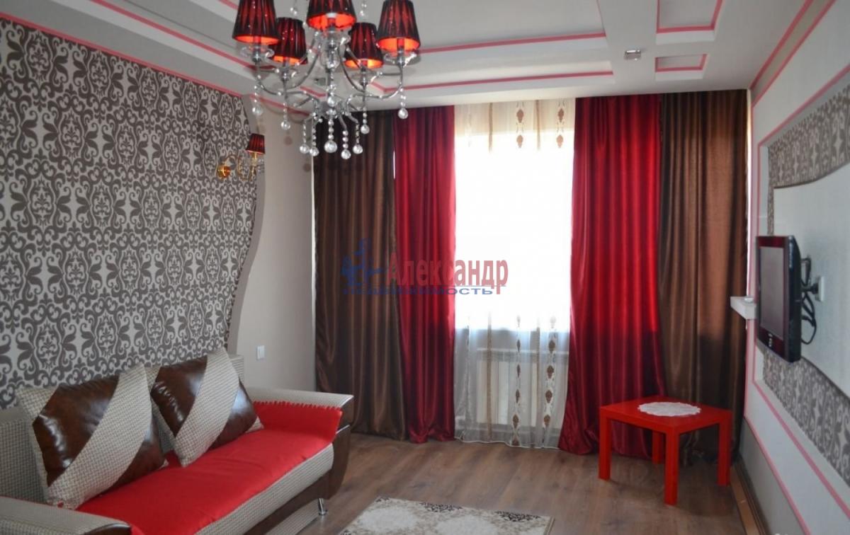 1-комнатная квартира (40м2) в аренду по адресу Стачек пл., 212— фото 1 из 8