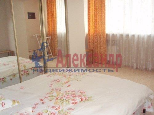 2-комнатная квартира (57м2) в аренду по адресу Вербная ул., 18— фото 1 из 4