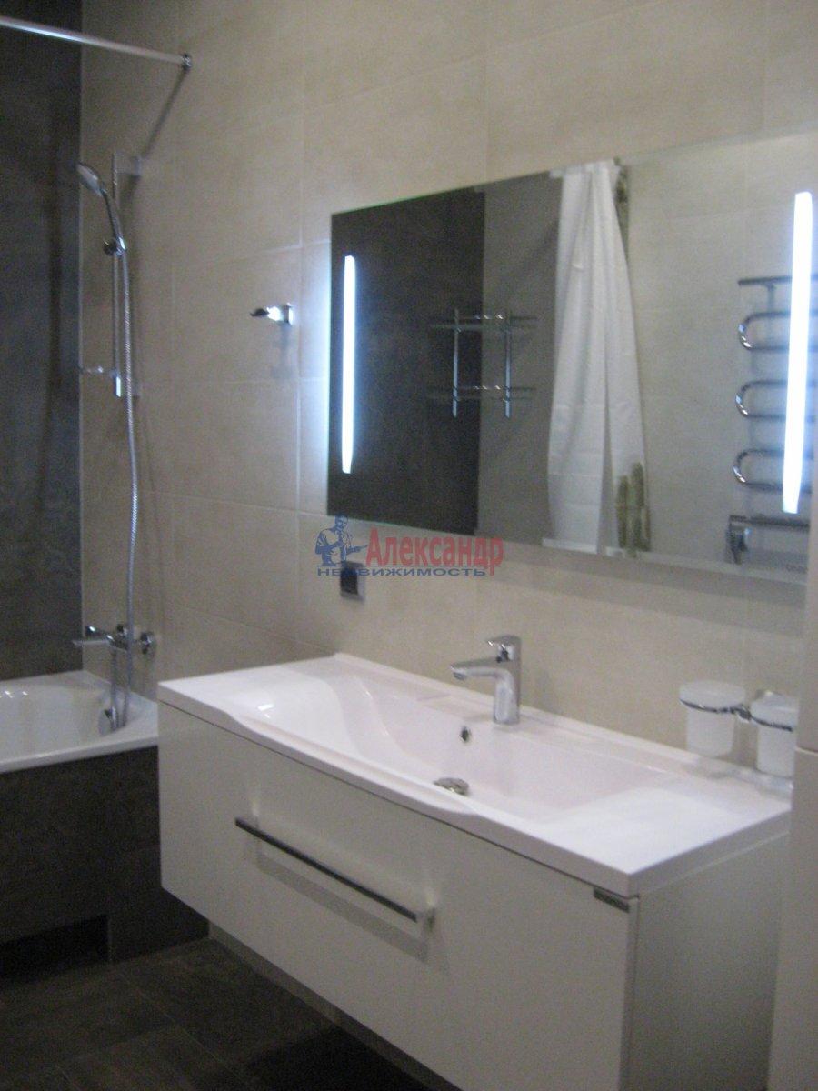 3-комнатная квартира (111м2) в аренду по адресу Беринга ул., 5— фото 13 из 32