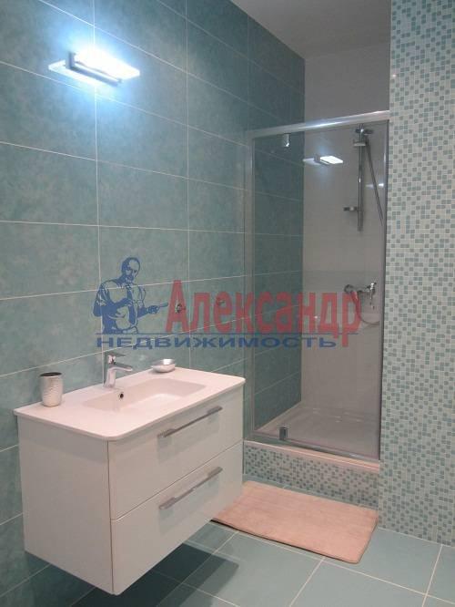 2-комнатная квартира (80м2) в аренду по адресу Исполкомская ул., 12— фото 11 из 13