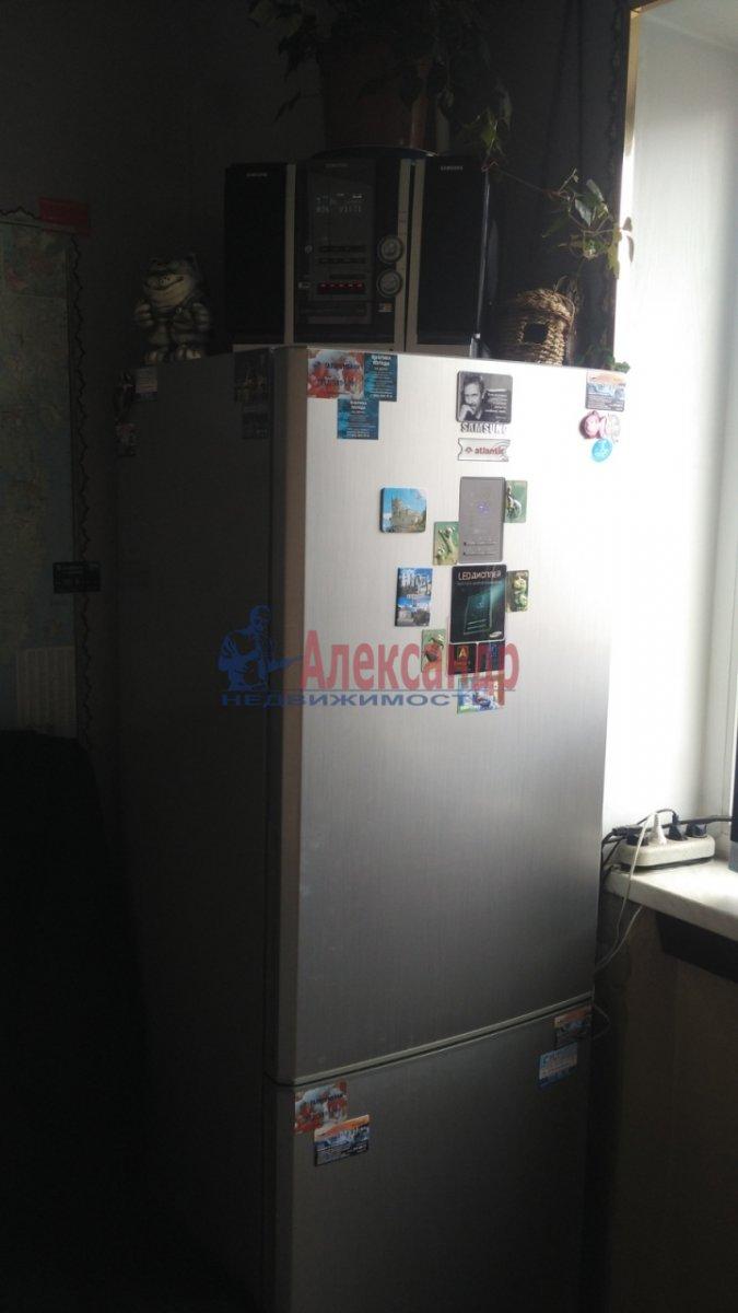 Комната в 2-комнатной квартире (52м2) в аренду по адресу Ушинского ул., 31— фото 2 из 7