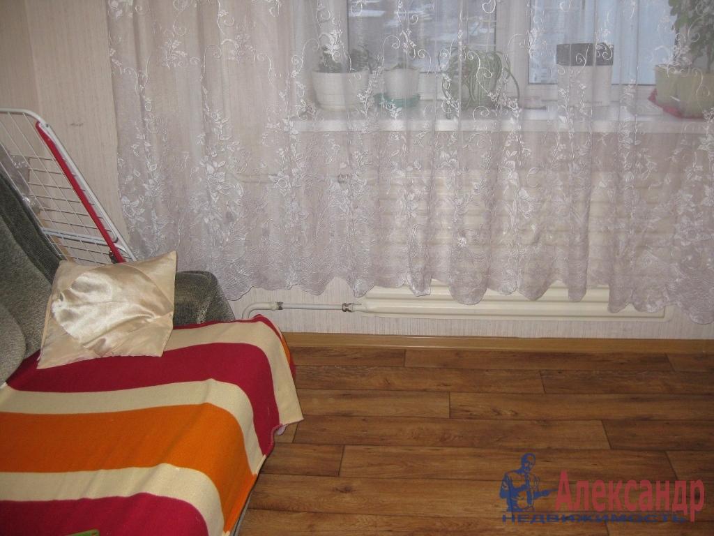 Комната в 3-комнатной квартире (45м2) в аренду по адресу Стойкости ул., 38— фото 2 из 4