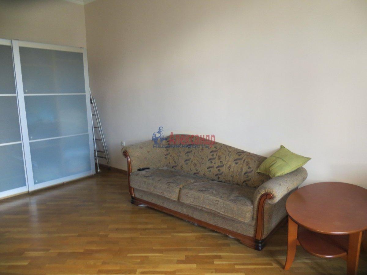 1-комнатная квартира (40м2) в аренду по адресу Диагональная ул., 10— фото 1 из 3
