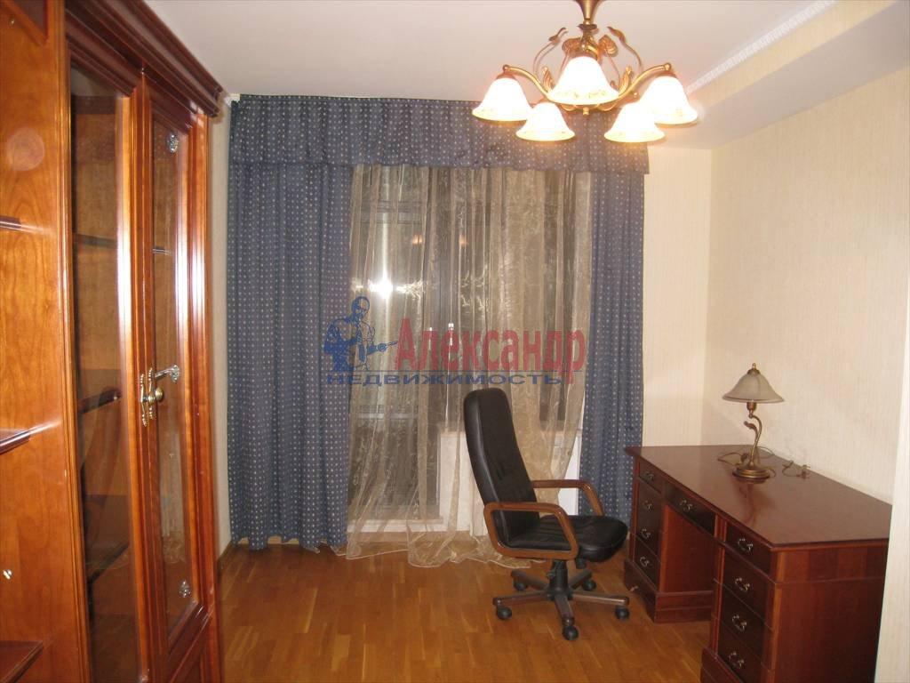 5-комнатная квартира (190м2) в аренду по адресу Мичуринская ул., 4— фото 4 из 12
