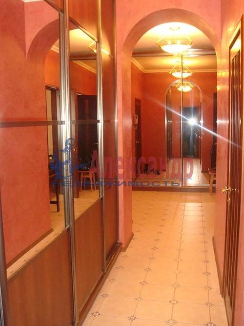 2-комнатная квартира (65м2) в аренду по адресу Ленсовета ул., 88— фото 3 из 13