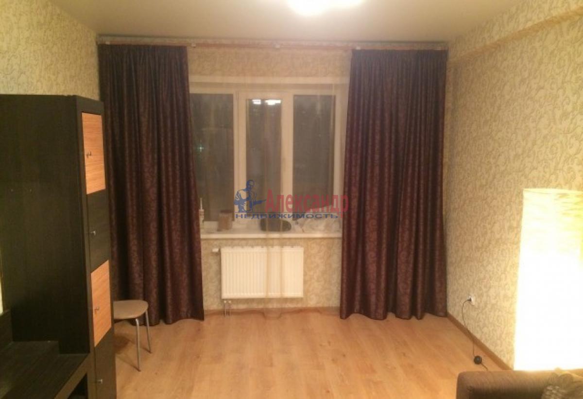 1-комнатная квартира (40м2) в аренду по адресу Ленинский пр., 111— фото 4 из 8