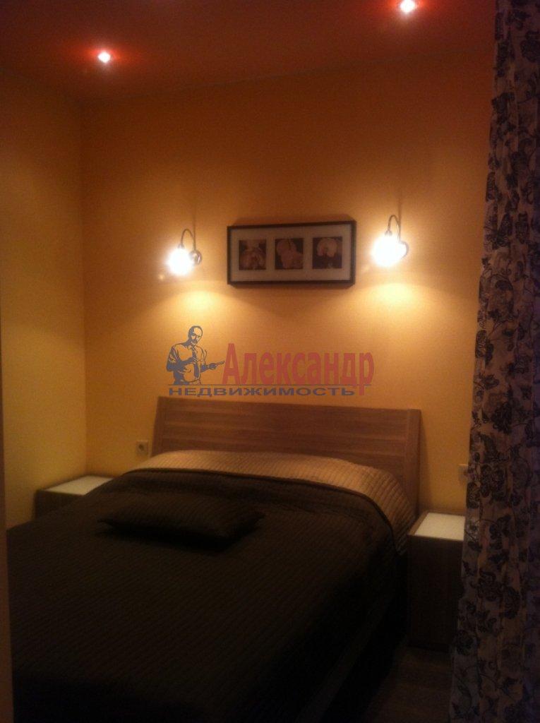 2-комнатная квартира (72м2) в аренду по адресу Просвещения просп., 99— фото 4 из 13