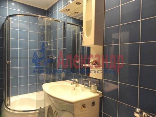 2-комнатная квартира (69м2) в аренду по адресу Коломяжский пр., 28— фото 1 из 9