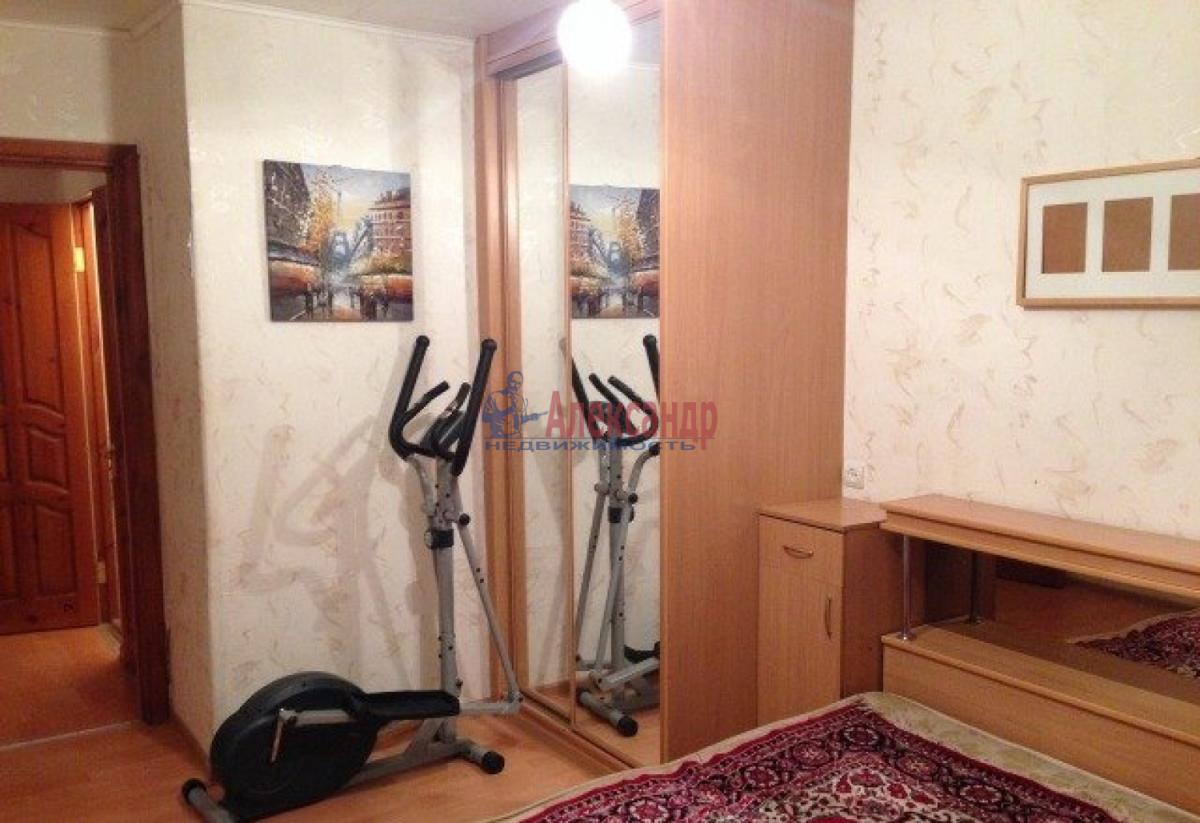 Комната в 2-комнатной квартире (38м2) в аренду по адресу Юрия Гагарина просп., 14— фото 1 из 3