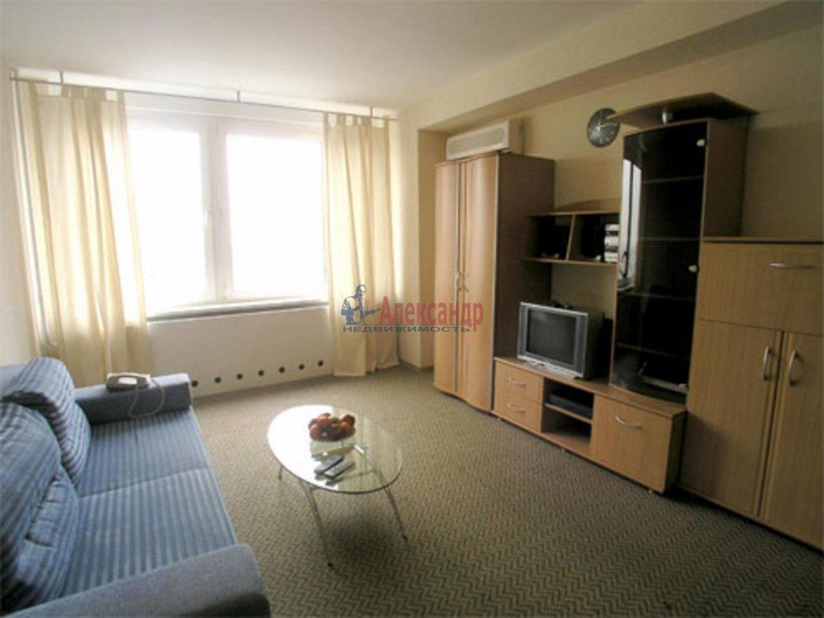 1-комнатная квартира (32м2) в аренду по адресу Просвещения пр., 22— фото 2 из 2