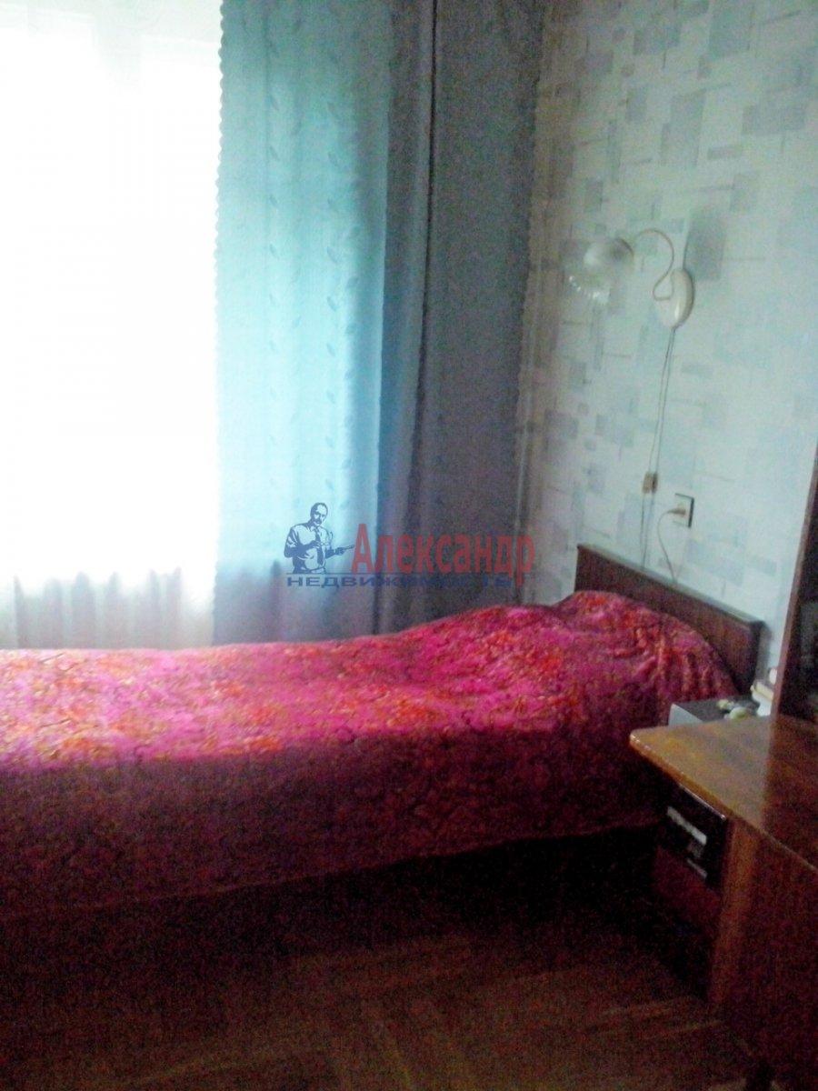 Комната в 3-комнатной квартире (58м2) в аренду по адресу Энергетиков пр., 40— фото 2 из 4