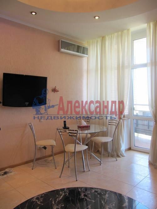 1-комнатная квартира (51м2) в аренду по адресу Большая Посадская ул., 12— фото 8 из 9