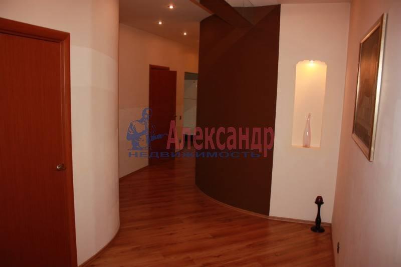 3-комнатная квартира (125м2) в аренду по адресу Реки Фонтанки наб.— фото 3 из 6