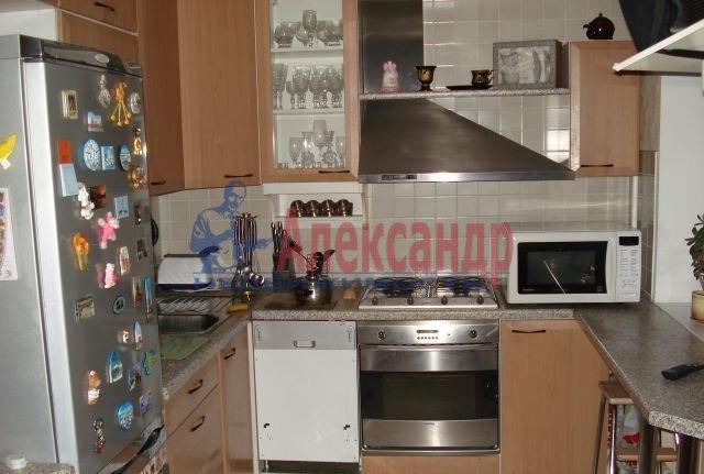 1-комнатная квартира (36м2) в аренду по адресу Вавиловых ул., 11— фото 2 из 3