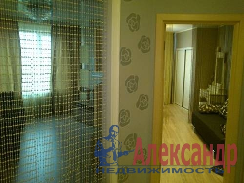 2-комнатная квартира (60м2) в аренду по адресу Ветеранов пр., 75— фото 5 из 5
