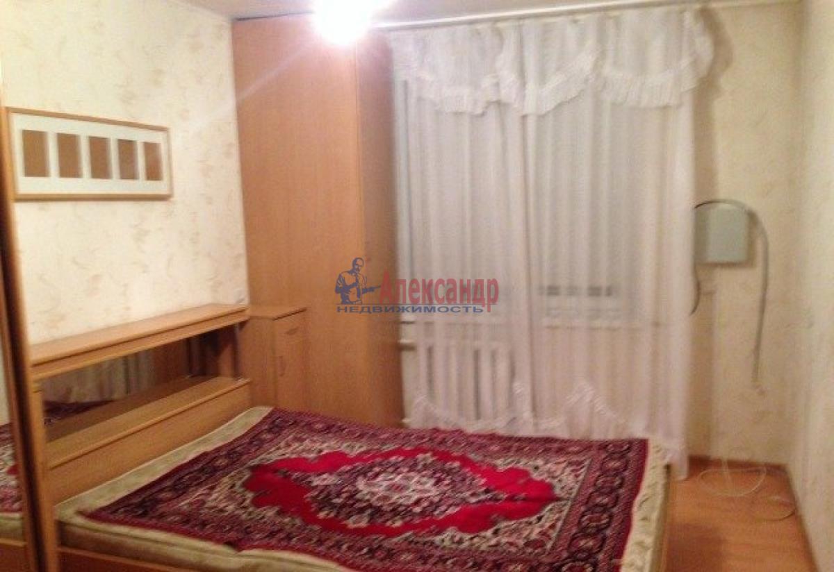 Комната в 2-комнатной квартире (38м2) в аренду по адресу Юрия Гагарина просп., 14— фото 2 из 3