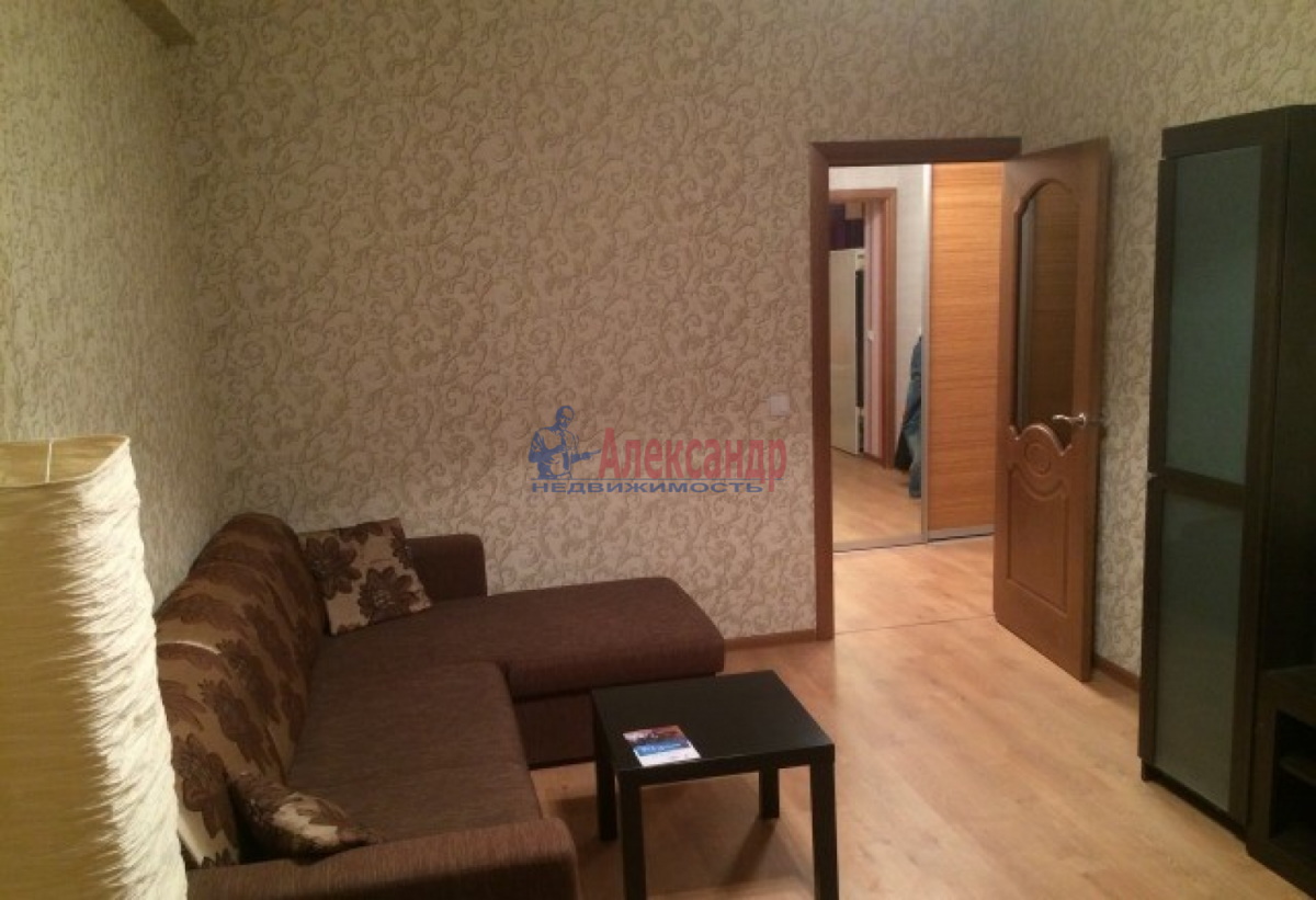1-комнатная квартира (40м2) в аренду по адресу Ленинский пр., 111— фото 5 из 8