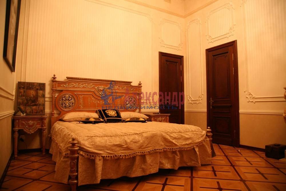 5-комнатная квартира (220м2) в аренду по адресу Каменноостровский пр., 1/3— фото 3 из 8