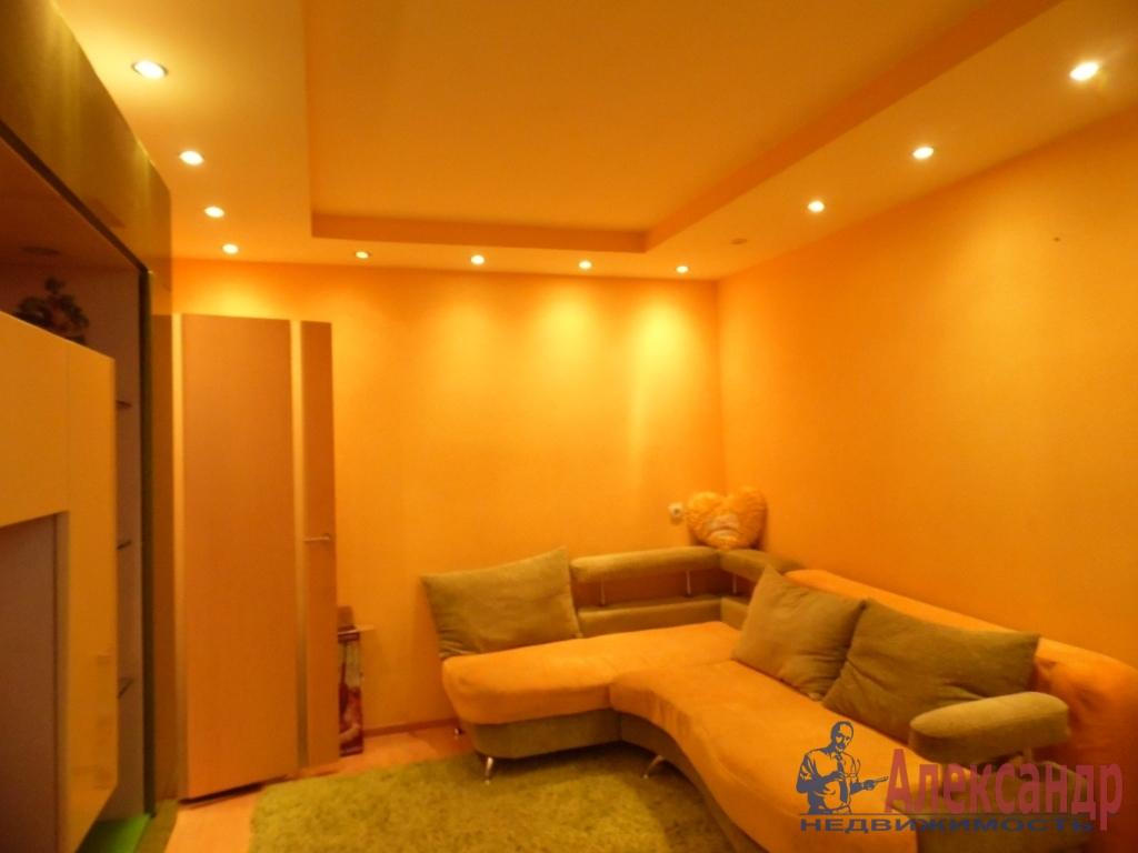 2-комнатная квартира (60м2) в аренду по адресу Дунайский пр., 48— фото 1 из 4