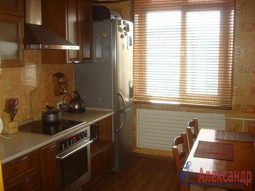 2-комнатная квартира (55м2) в аренду по адресу Кораблестроителей ул., 37— фото 3 из 4