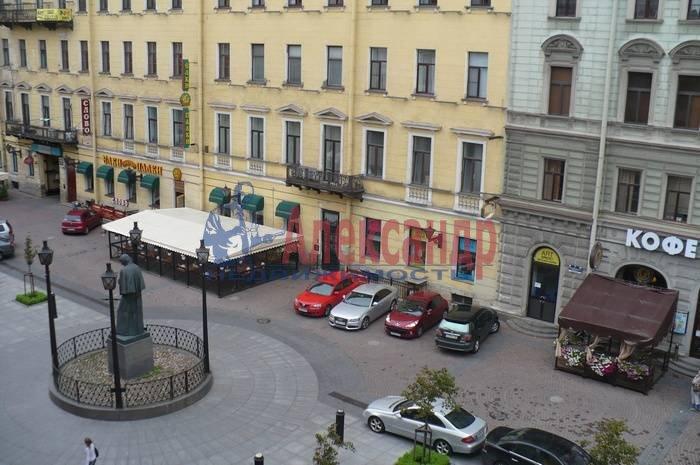 2-комнатная квартира (120м2) в аренду по адресу Малая Конюшенная ул., 12— фото 9 из 10