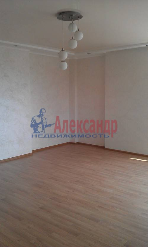 2-комнатная квартира (75м2) в аренду по адресу Наставников пр., 3— фото 9 из 13