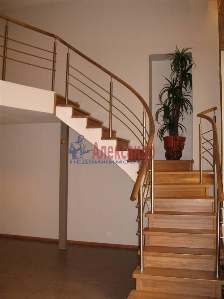 3-комнатная квартира (130м2) в аренду по адресу Миллионная ул.— фото 17 из 45