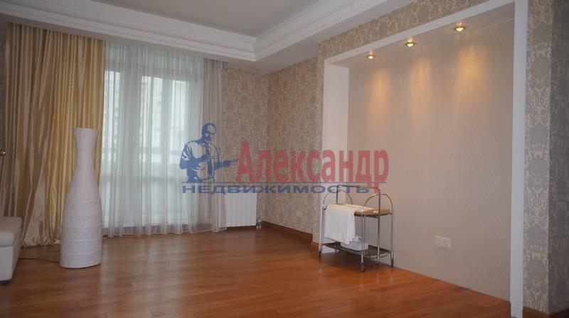 3-комнатная квартира (200м2) в аренду по адресу Капитанская ул., 4— фото 12 из 14