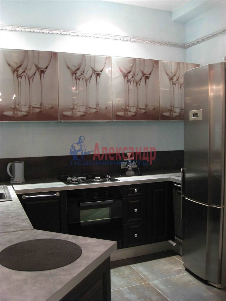 3-комнатная квартира (110м2) в аренду по адресу Реки Мойки наб., 1— фото 4 из 4