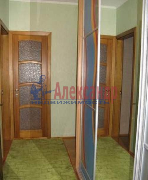 2-комнатная квартира (60м2) в аренду по адресу Коломяжский пр., 20— фото 7 из 7