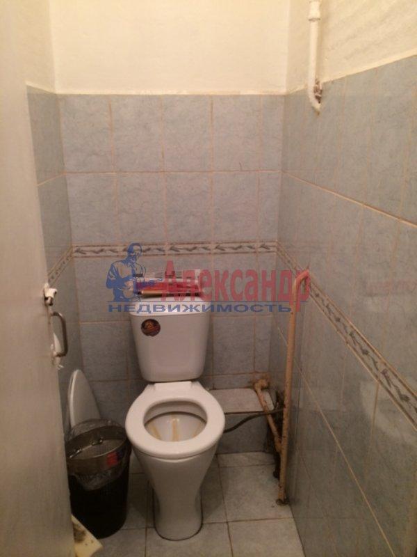 2-комнатная квартира (33м2) в аренду по адресу 6 Красноармейская ул., 2— фото 2 из 6